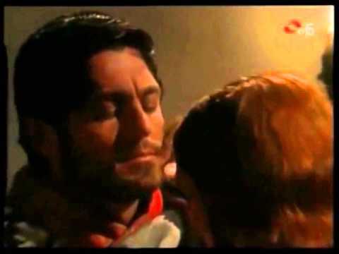 Matilde & Manuel hacen el amor en el convento: Fer Colunga.