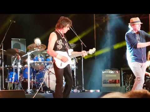 Jeff Beck live at Chelsea Hospital...