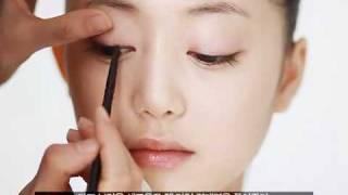 Hướng dẫn trang điểm như công chúa Kim Tae hee - eMypham.com Thumbnail