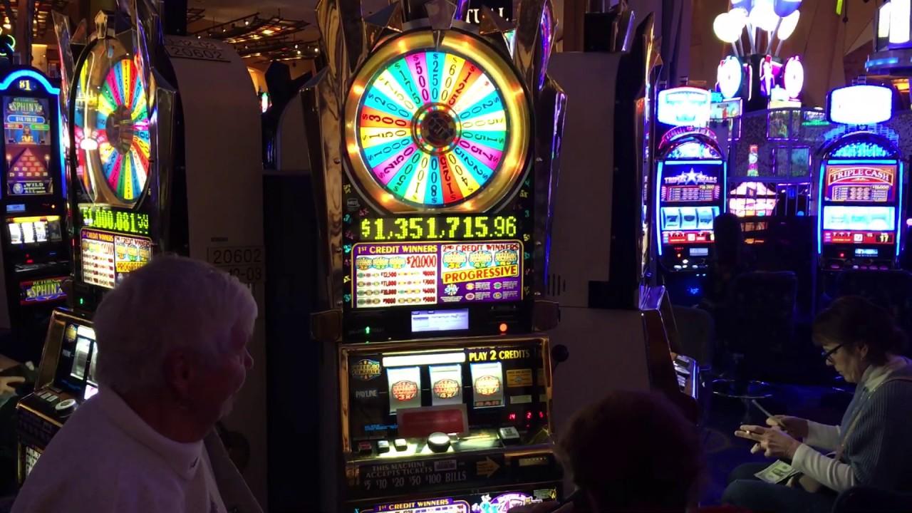 Royal Vegas New Promotion Slots Hero Promotion