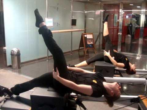 Cem bac de roda pilates serie short box i long strech de for Gimnasio bac de roda