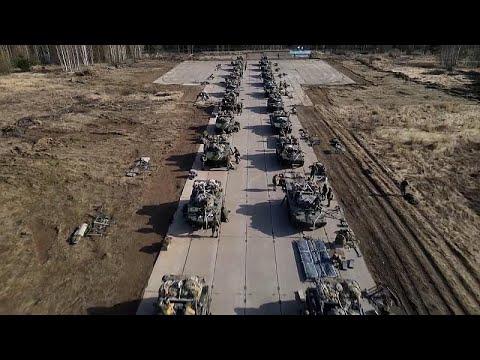 فيديو: آخر محطة من التدريبات الضخمة للجيش الروسي قرب الحدود الأوكرانية…  - نشر قبل 3 ساعة
