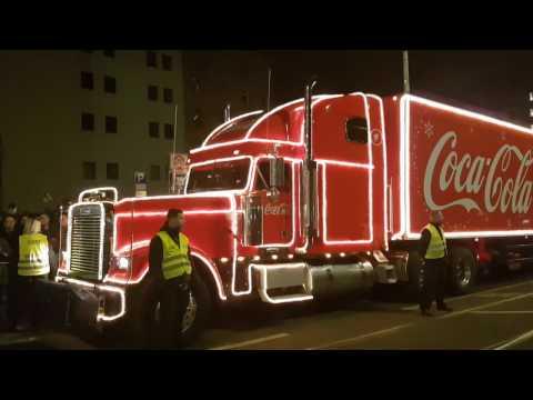 Coca Cola Weihnachtstrucks 2018 Sie Kommen Youtube
