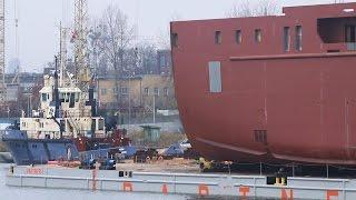 1,250 Tons Oversize Mega Yacht Docking Kleven Verft Maritime Fenja + UR 8