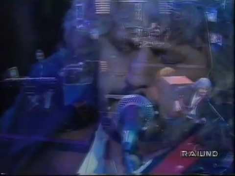 Pino Daniele - Femmena [Live - Tour Teatrale Italiano 1993]