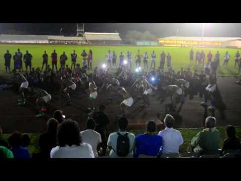 Prestation des rugbymen samoans au tournoi international de rugby à Wallis