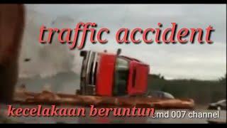 Kecelakan beruntun, traffic accident...