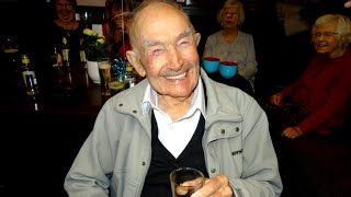 100-Year-Old WWII Veteran Still Goes to the Bar Every Day thumbnail
