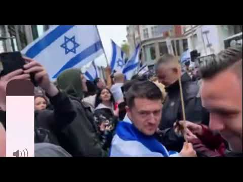 Tommy Robinson enjoying the free Israel 🇮🇱 protest