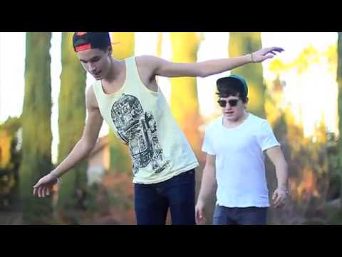 Classic- MKTO (Kian Lawley And Jc Caylen) ❤