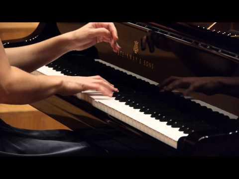 Magdalena Lisak plays Debussy L'isle joyeuse