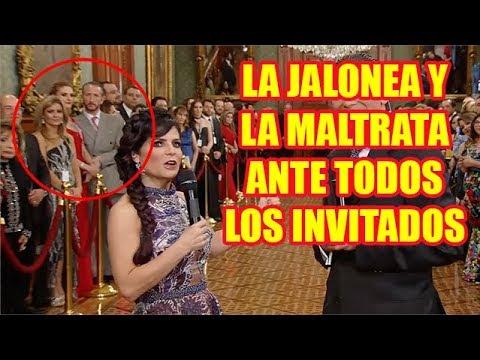Esposo de Chantal Andere se Pone Celoso en Palacio Nacional (Grito de la Independencia)
