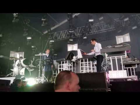 Soulwax @ Pitch Music Festival (Intro - Missing Wires)