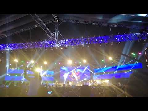 Shafqat Amanat Ali-Aankhon kay sagar with a surprise intro