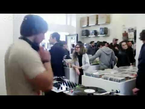 Record Store Day w/ Soho_Verona @ Le Disque Record Store (Italy)