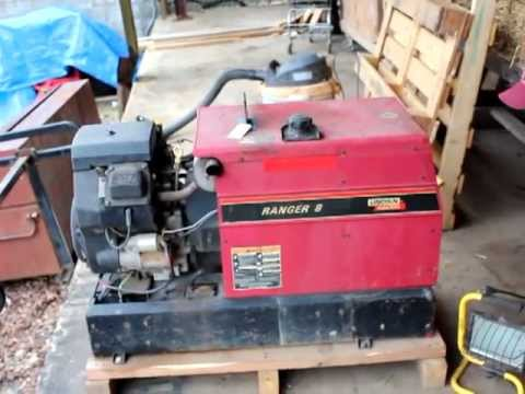 Lincoln Ranger 8 Electric Welder with Kohler Engine - 3019 - Powering On