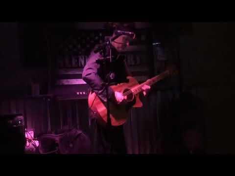 Glenn Roberts Solo - Chris Stapleton Cover - Tennessee Whiskey 2020