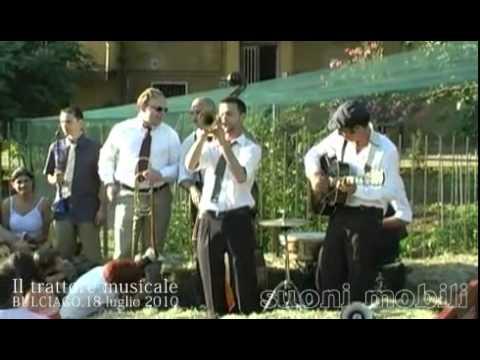 Suonimobili / Il trattore musicale / Bulciago, 18 luglio 2010