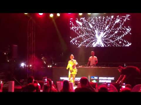 Merve Özbey - Tebrikler | Antalya Konseri (Starlight Resort Hotel) - 6 Temmuz 2019