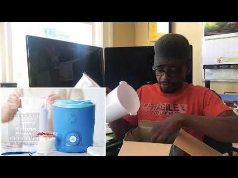 Dash Yogurt Maker Review. Making Yogurt At Home. Avoiding Processed Yogurt - Personal Yogurt Maker