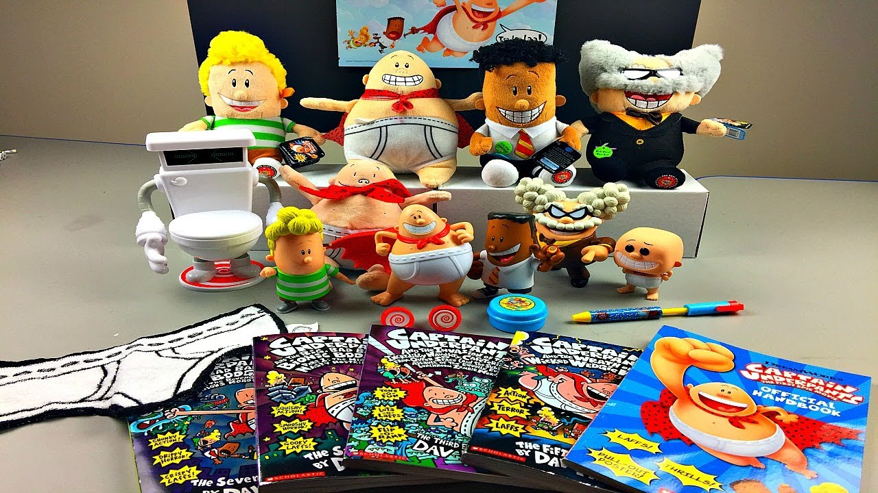 Huge Captain Underpants Collection Of Toys Books From The Captain Underpants Movie Youtube