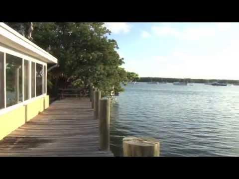 943 30th Street Marathon Florida - Coco Plum Vacation Rental video by Conch Records