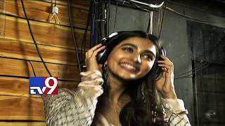 Pooja hegde turns real dj - tv9 exclusive