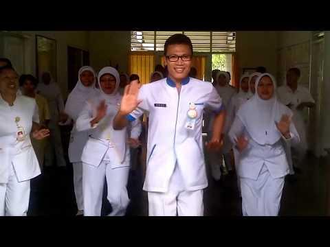 Senam Sakitnya Tuh Disini Arul Zain Lombok Perawat RSJ Provinsi NTB