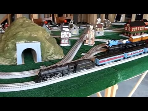 Lionel Polar Express Highballing With Cw 80 Youtube