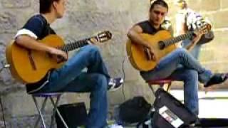 Spanish guitar players, barcelona هنر نمايى دوگيتاريست