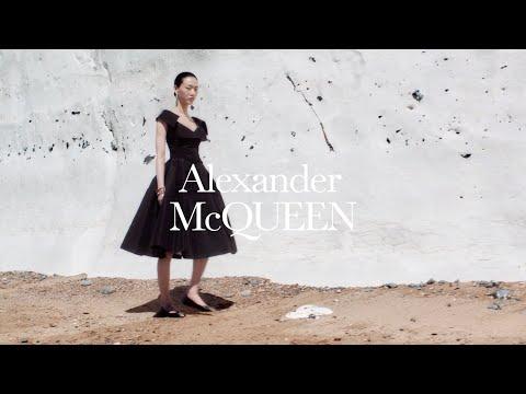 Alexander McQueen Pre-Spring/Summer 2021 Collection