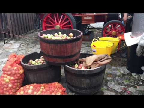 Richie Saunders of Gower Heritage Centre explains how their 1890 Travelling Cider press works