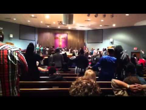 """Mark Hubbard and The Voices singing """"Make Me Better"""""""