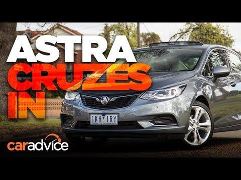 2017 Holden Astra Sedan LTZ review | CarAdvice - Dauer: 7 Minuten, 57 Sekunden