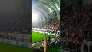 Akhisarspor - Beşiktaş Maçı (Tüm stad izmir marşı ile inliyor )
