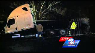 Icy road conditions shut down I-40 traffic