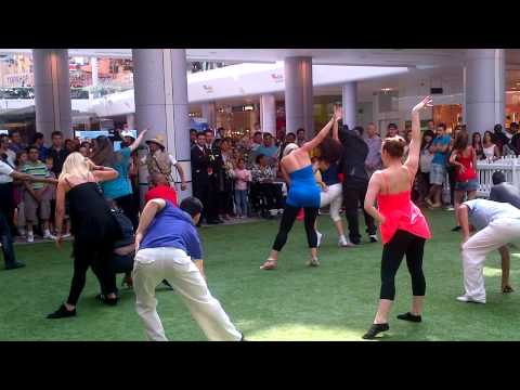 Olympic Finale Colombian Salsa Flashmob