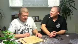 John og Mikkel smager chili extract - Capsaicin