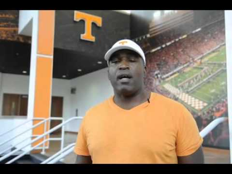 Former UT DB Todd Kelly in Greater Knoxville Sports Hall of Fame