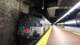 [HD] RARE: FL9, ACMU, RS3M and GP35R Pull Into Grand Central Terminal