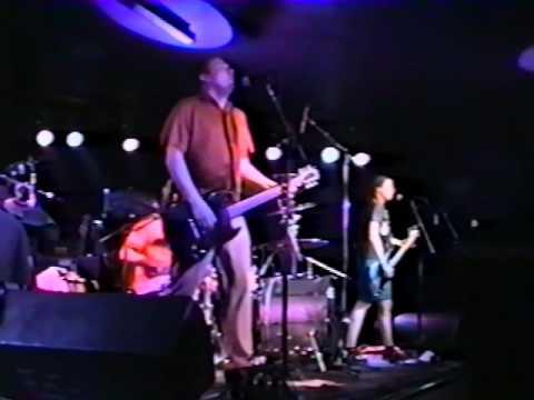 House Of Large Sizes - 2001-05-03 - Music Box - Omaha, NE