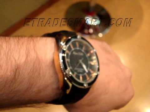 2559ed16181 Relógio Marc Ecko Flash - E12576G1 - YouTube