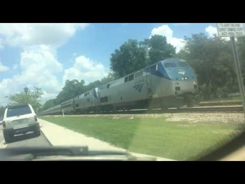 Amtrak 97 northbound RARE THREE viewliner two dining cars HD