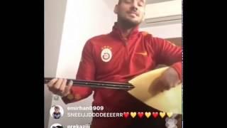 Wesley Sneijder'in Saz İle Ben Yoruldum Hayat Çalması