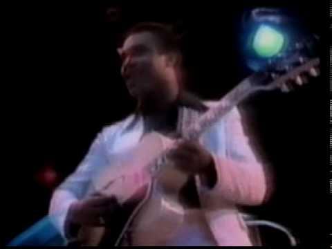 Carlos Santana & George Benson - USA TV 1977 Valdez In The Country.mpg