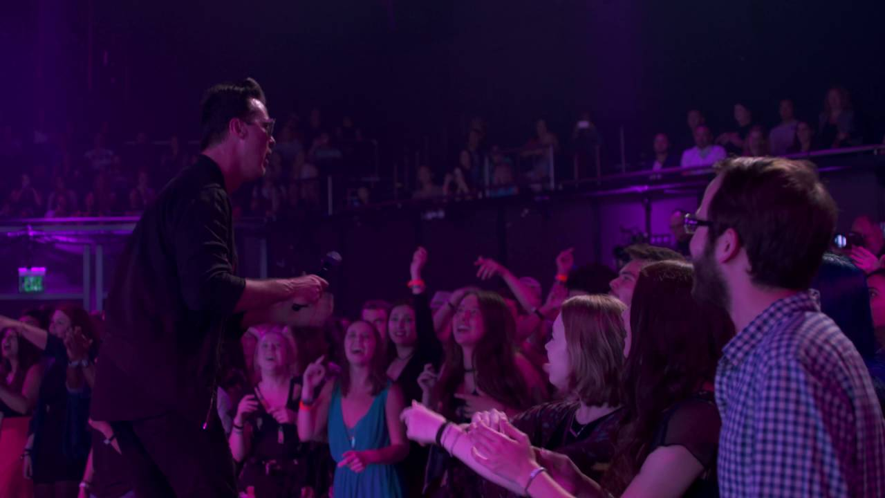 fitz-and-the-tantrums-the-walker-live-on-the-honda-stage-at-the-iheartradio-theater-la-fitz-and-the-tantrums
