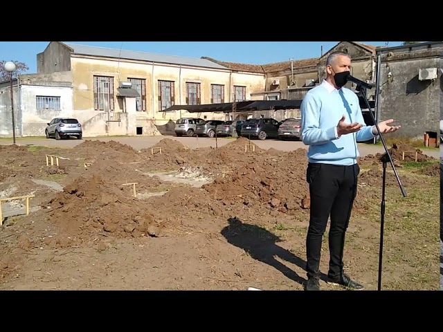 Placenzotti: Comenzó la construcción del nuevo sector de internación del Hospital Pedro Suchón