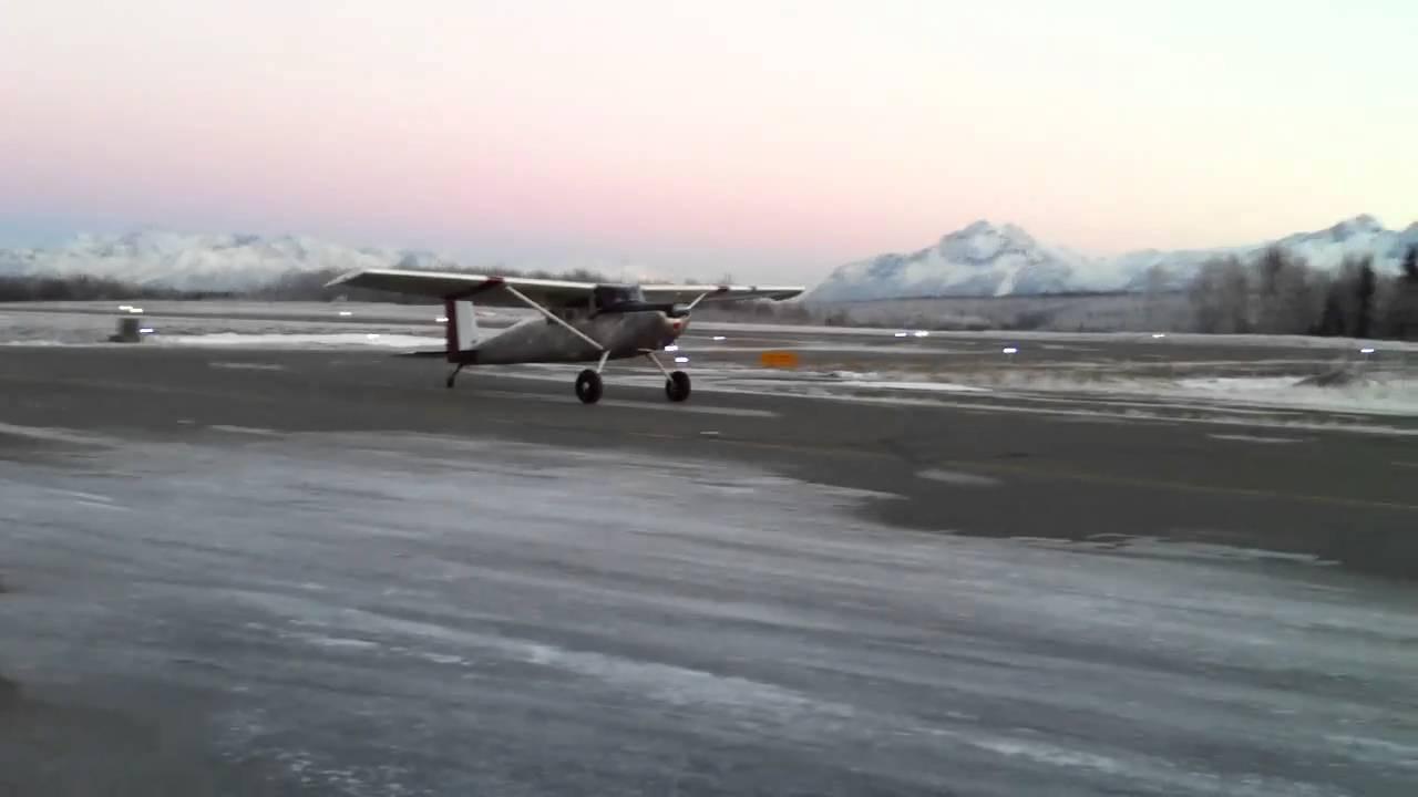 1956 Cessna 172 Taildragger landing