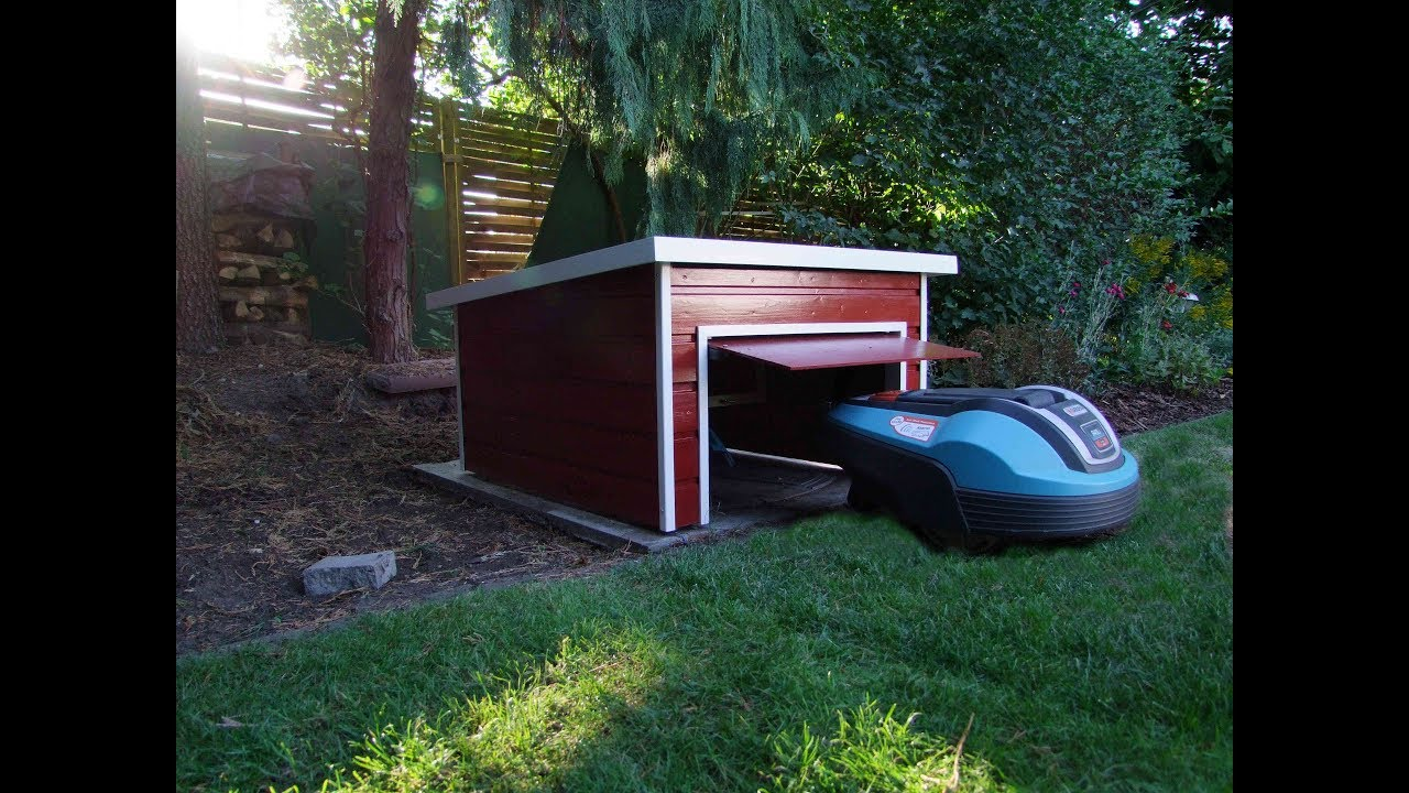 garage f r m hroboter mit klapptor garage automower youtube. Black Bedroom Furniture Sets. Home Design Ideas