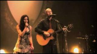 Olivia Ruiz et Weepers Circus : La renarde - Live au Zénith de Nantes (2009)